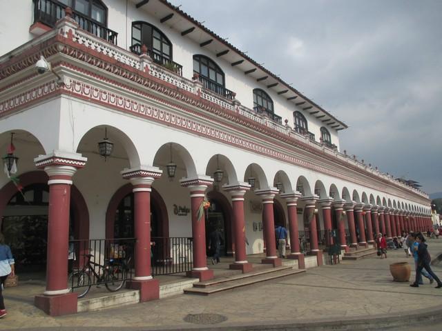 Arcades du zocalo san cristobal de las casas