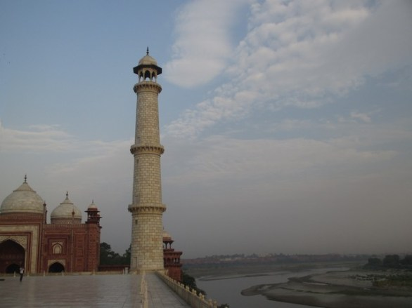 Vue sur la rivière Yamuna Taj Mahal