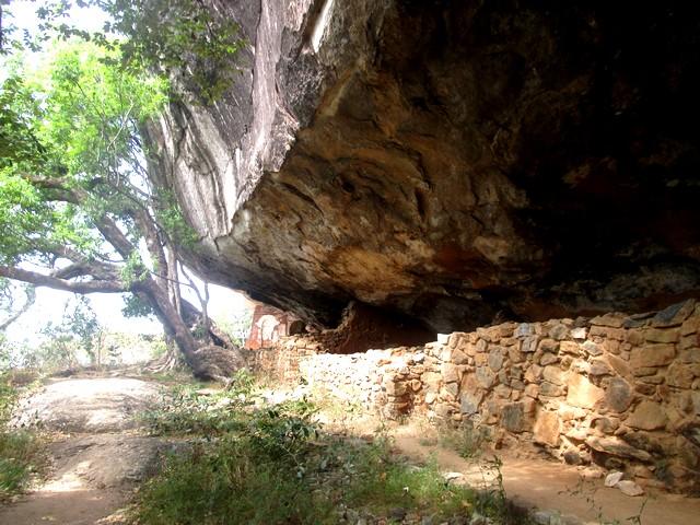 montée rocher Pidurangala