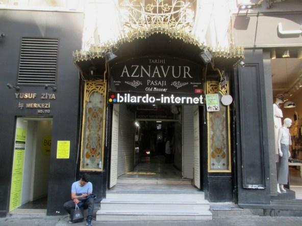 aznavur Quartier Tünel Istanbul