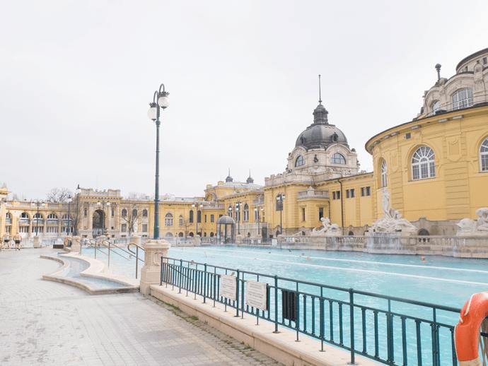 bains-budapest-széchenyi