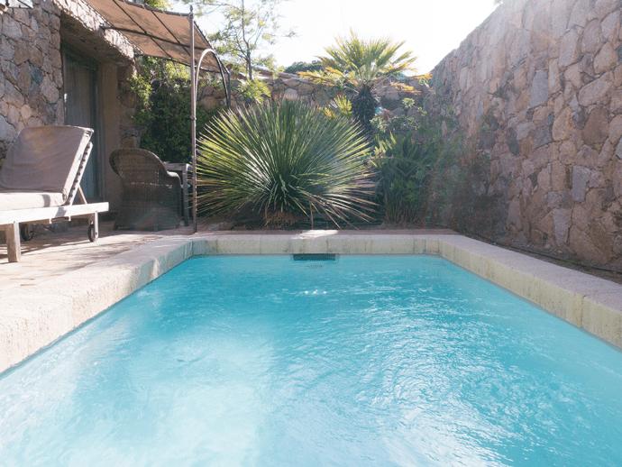 calvi-hotel-piscine