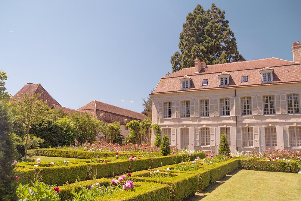 Collège Royal et Militaire de Thiron-Gardais en Eure-et-Loir