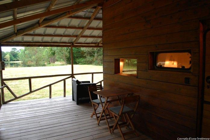 terrasse-cabane-de-pecheur-domaine-lann-hallat