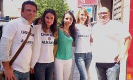 Organizadores del primer cashmob Alicante