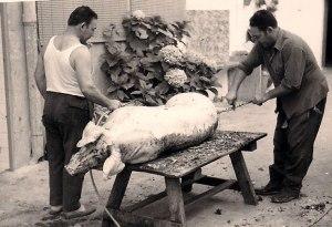 matant-el-cerdo-pepe-y-antonio-ligera