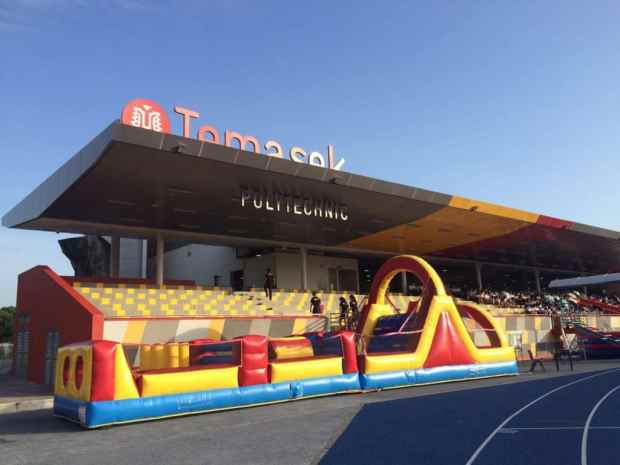 inflatable-obstecle-challenge-for-rent