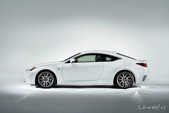 Lexus_RC 300h_1