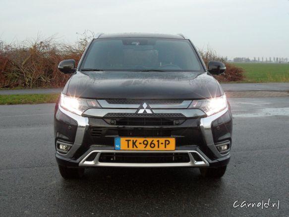 Mitsubishi_Outlander_PHEV1