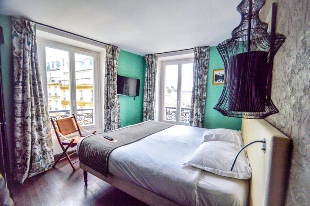 Un séjour haut en couleurs à l'Hôtel Kipling