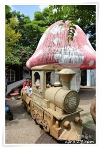 網站近期文章:[大坑]紙箱王創意園區~迴轉溜滑梯、紙製小火車、豐富好玩的景觀餐廳