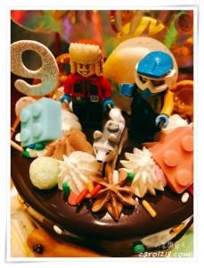 網站近期文章:[台中生日蛋糕]小家仨人甜點工作室~客製化卡通/樂高積木造型生日蛋糕