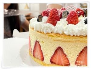 網站近期文章:[台中生日蛋糕]AB法國人的甜點店~來個經典法式蛋糕~法式草莓費雪