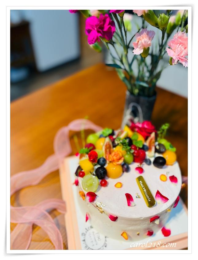 [台中生日蛋糕/母親節蛋糕]Fimi後山小廚房,好吃好看層次感豐富的水果浮雲蛋糕