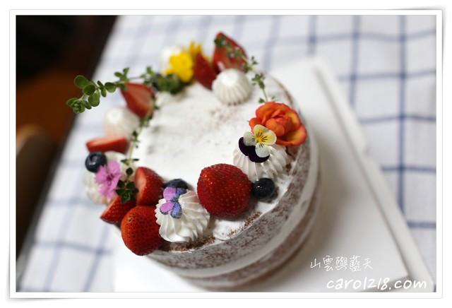 台中大里,台中客製化蛋糕,台中甜點工作室,台中生日蛋糕,台中蛋糕,台中造型蛋糕,咔喀森林,咔喀森林甜點,咔喀森林甜點工作室,大里生日蛋糕,大里蛋糕,大里造型蛋糕,客製化蛋糕,山雲與藍天,森林系,甜點工作室,花圈蛋糕,裸蛋糕,造型蛋糕 @山。雲與藍天