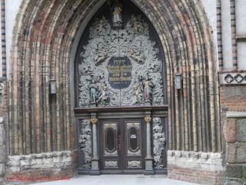 Portal der Nikolaikirche (c) Carola Peters