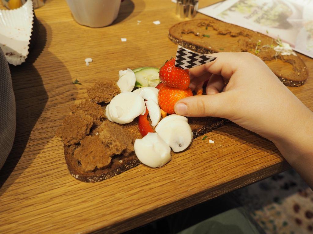 Sen frukost och tips på söta fodrade gummistövlar för barn