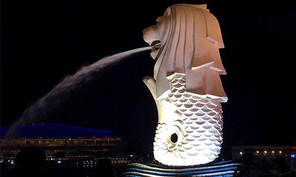 Read more about the article 【新加坡景點】魚尾獅公園| 新加坡必訪景點&萊佛士坊站周邊景點