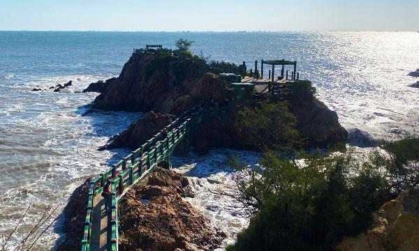 鐵堡 海上岩礁
