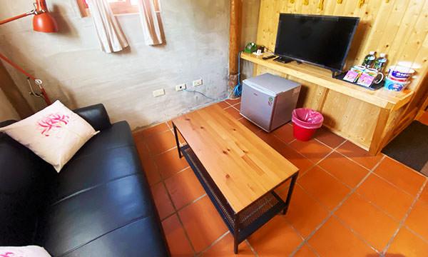 享宿民宿 房間內小客廳