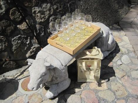 gund pig wineglasses