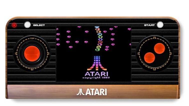 Atari 2600 : Les nouveaux modèles disponibles en précommande !