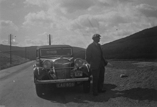 TH en route to Scotland at Shap Sept 1952 (1 of 1)