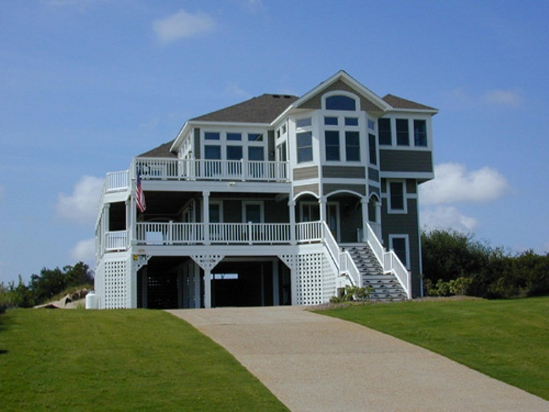 Kitty Hawk custom home built by Carolina Beach Builders