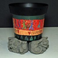 Designer Stone Scrunched Dog Pot Feet