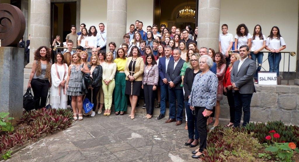 Fotografía de grupo del Concurso de Debate.
