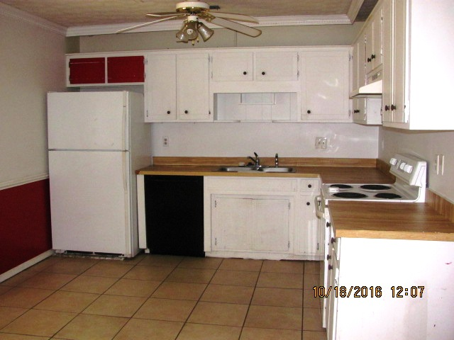 204-poplar-kitchen