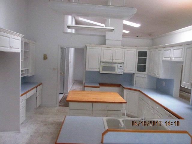 1211 Coral Reef Kitchen