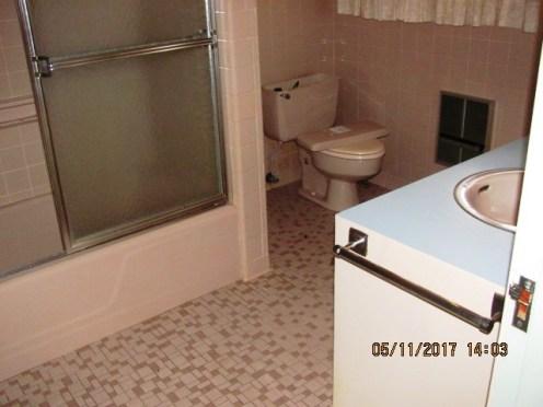 406 Darby Bathroom
