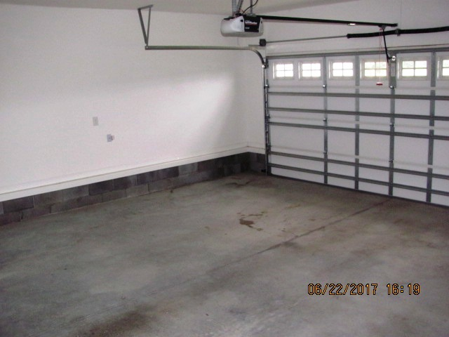 105 Trellis Garage Interior