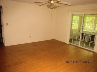 1075 Territorial Living Room