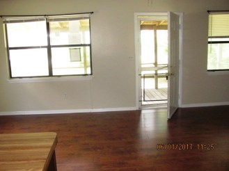 113 Quail Point Living Room