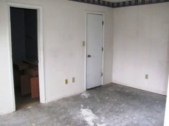 2433 Saddleridge Master Bedroom