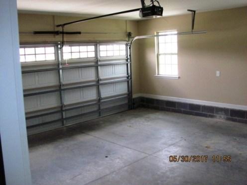 501 Hester Garage Interior