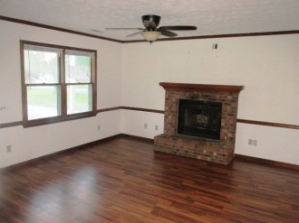527 W Grantham Living Room