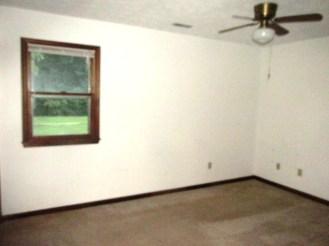 527 W Grantham Master Bedroom