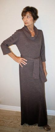 wool-knit-long-sleeve-belted-dress-front1