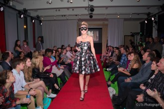 MFC_Fashion_Show_94A1082_J1s_Photgraphy