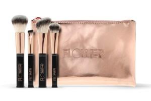 flower-travel-brush-set