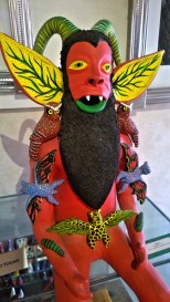 Alguilar sisters do these ceramic figures.