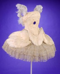 famsf-dying-swan-tutu-early-20th-century-l78-87-4a