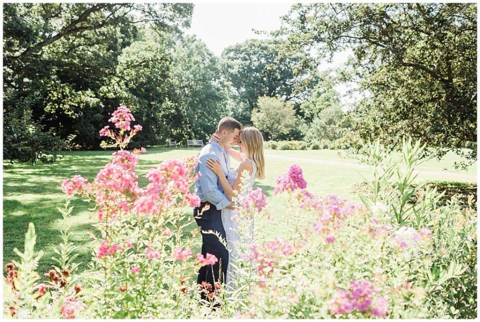Planting Fields Arboretum Engagement | Caroline Morris Photography