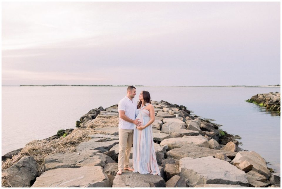 Long Beach Island Maternity Session   Caroline Morris Photography