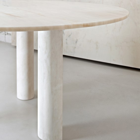 Salvatori_Table _Rosa Portogallo_03_wm