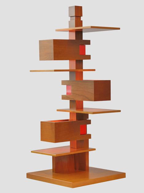 Talisen-4-by-Frank-Lloyd-Wright-produced-by-Yamagiwa