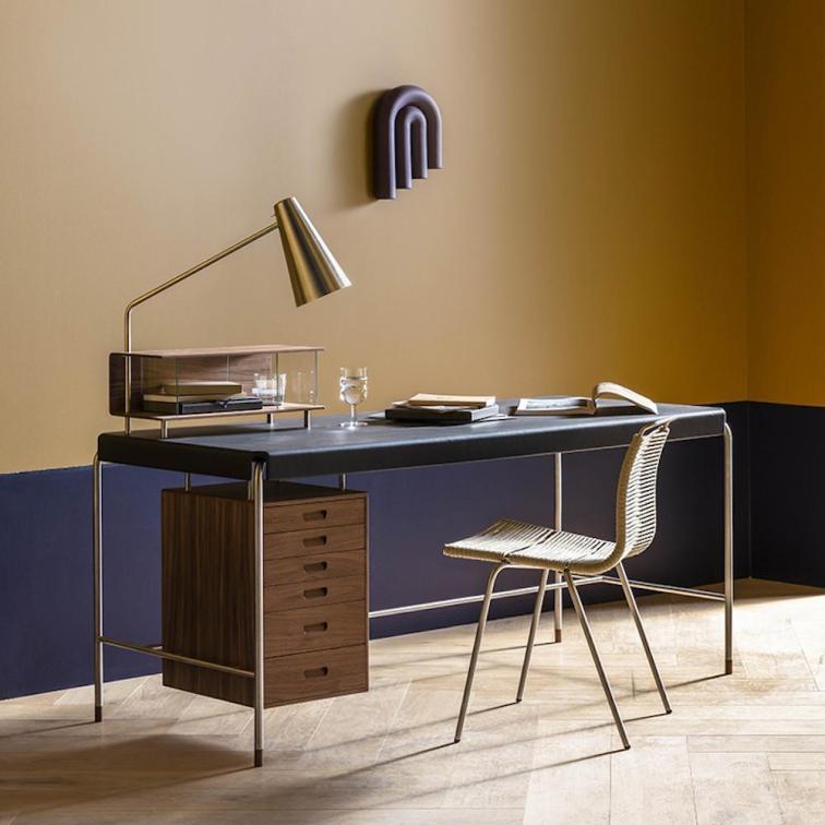 arne-jacobsen-aj52-society-desk-in-office-with-poul-kjaerholm-pk1-chair-carl-hansen-and-son_1024x1024